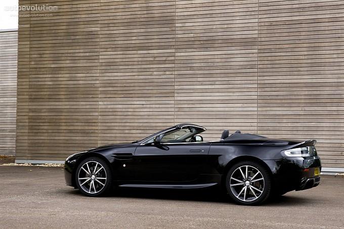 Aston Martin V8 Vantage N420 Roadster. ASTON MARTIN V8 Vantage N420 Roadster 2010 - Present Photo Gallery - Image