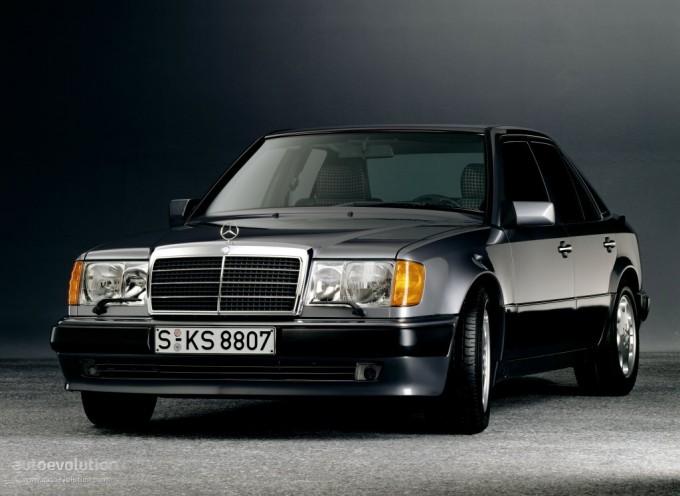 Mercedes Benz w124 E500.