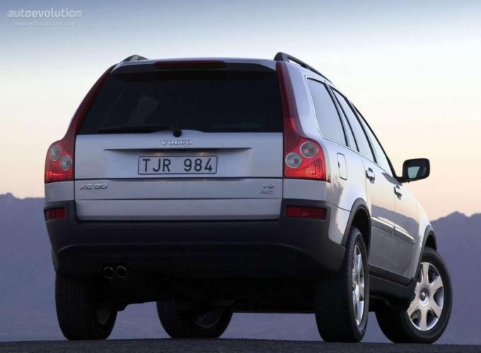 Volvo XC90 (2002-2006)