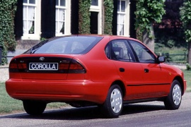 TOYOTA_Corolla-Liftback-1992_main.jpg