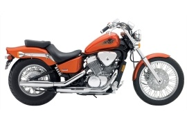 http://www.autoevolution.com/images/moto_models/HONDA_VT600CD-Shadow-VLX-Deluxe-2004_main.jpg