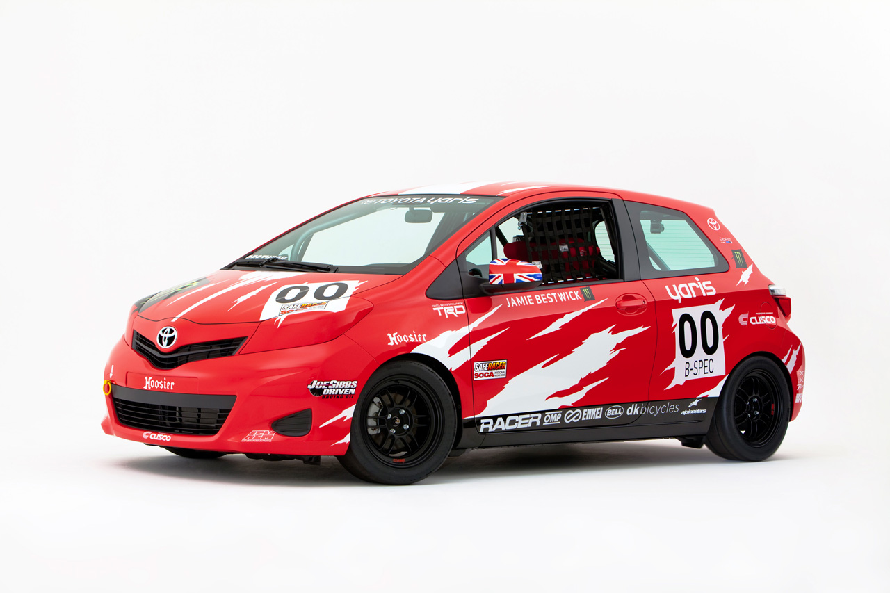 2011-sema-toyota-yaris-b-spec-club-racer-39956_1.jpg