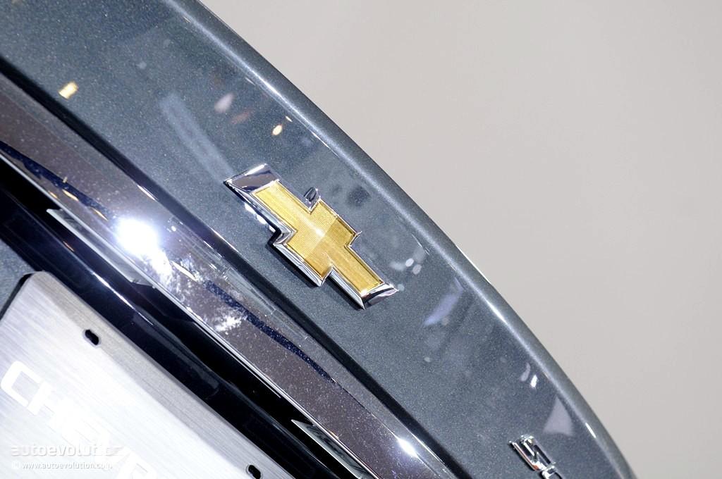 2011 Naias Chevrolet Sonic Sedan Live Photos Autoevolution
