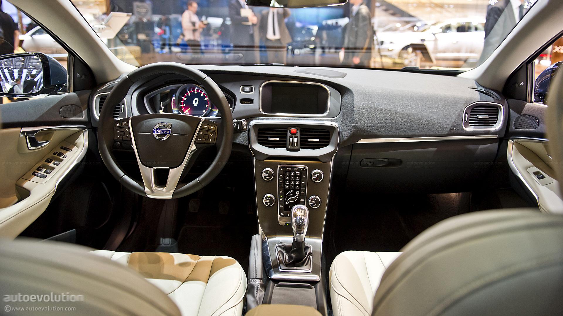 Http www autoevolution com news geneva 2012 volvo v40 live photos 43194 html