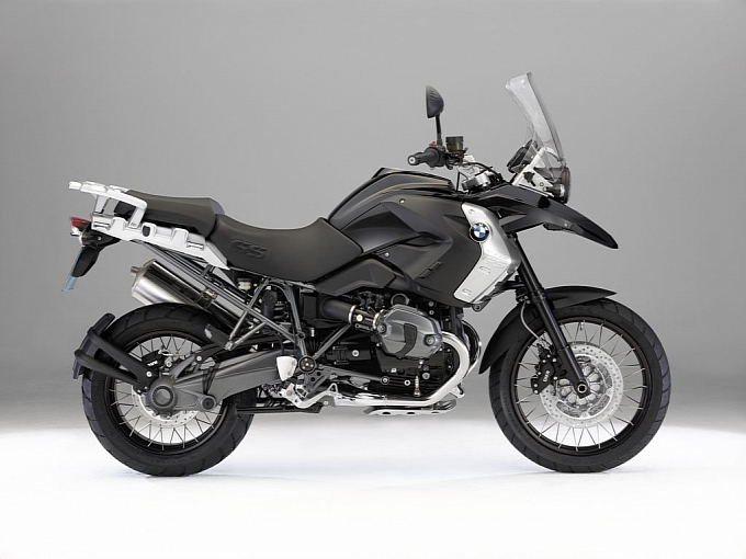 2011 BMW R 1200 GS Triple Black SE Unveiled