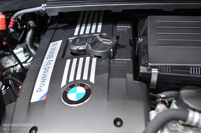 2012 BMW 1 Series M Coupe Photos - SportCARbuzz.com | Top Car Pictures