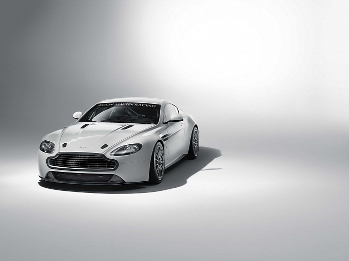 2011 Aston Martin Vantage Gt4. 2011 Aston Martin Vantage GT4