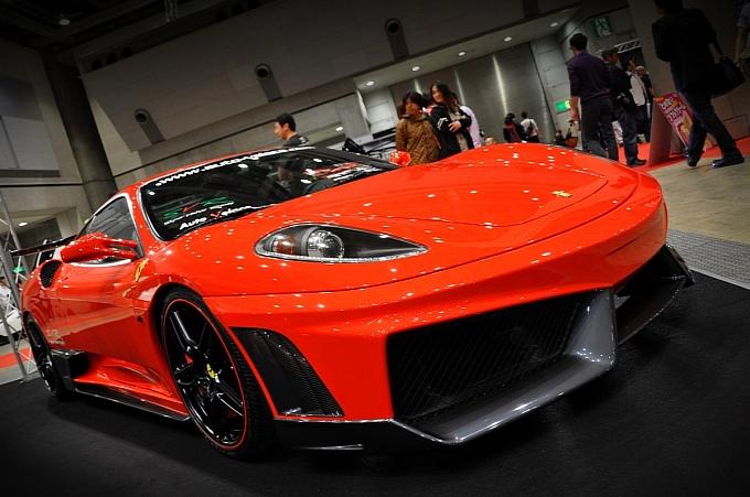 lamborghini racing ferrari. Ferrari F430 Gets Lamborghini
