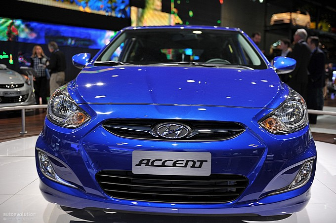 http://www.autoevolution.com/images/news/gallery/medium/nyias-2011-hyundai-accent-live-photos-medium_2.jpg