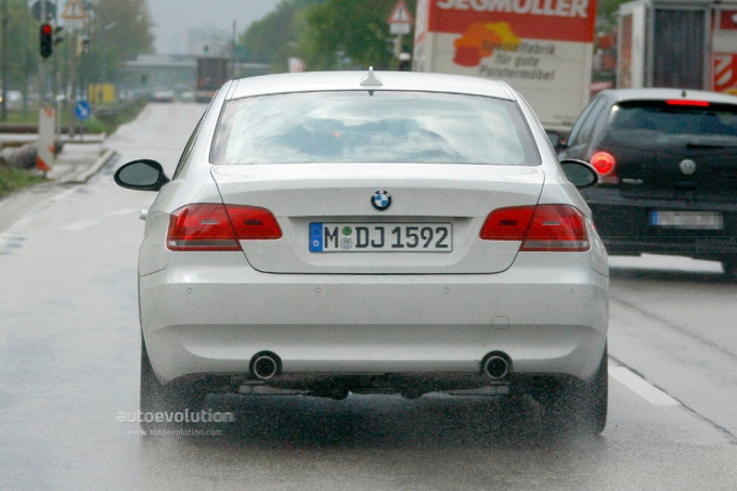 2010 BMW 3 Series Coupe Top Photos