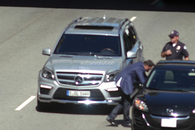 2012 - [Mercedes] GL II [X166] - Page 3 Spyshots-2013-mercedes-benz-gl-class-undisguised-medium_1