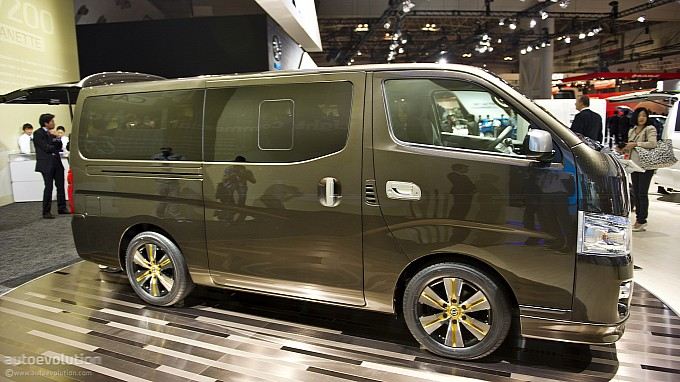 http://www.autoevolution.com/images/news/gallery/medium/tokyo-2011-nissan-nv350-caravan-live-photos-medium_4.jpg