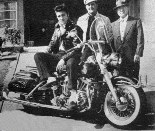 Rockabilly: The Twang Heard 'Round the World: The Illustrated History Harley-davidson-motorcycle-in-the-elvis-newseum-exhibit-18252_1