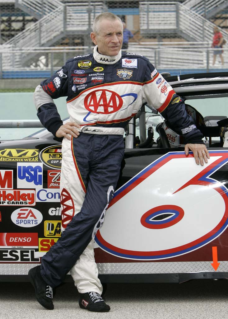 MARK MARTIN - MARK MARTIN to Race Through 2012 - autoevolution