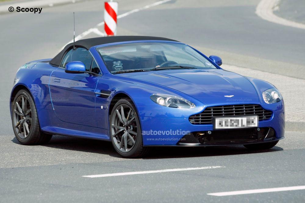 2011 Aston Martin Vantage Roadster