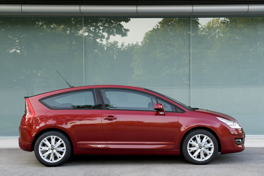 INTRO / HISTORY / BRAND - CITROEN C4 Coupe Test Drive. Photo credit: Citroen