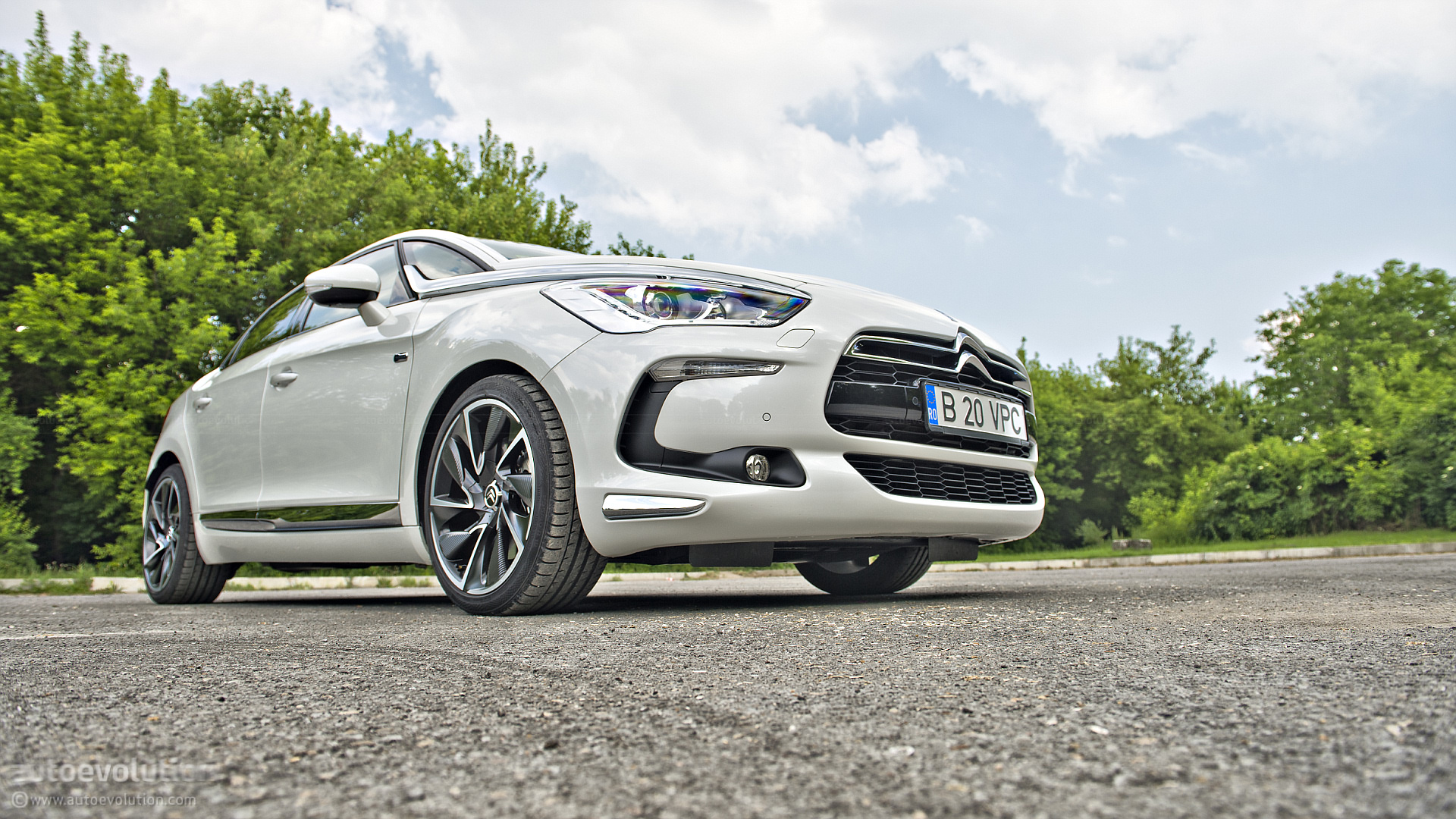 Citroen ds5 review autoevolution