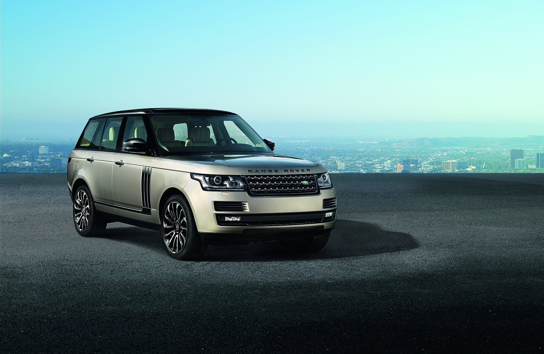 2014 range rover updates announced autoevolution. Black Bedroom Furniture Sets. Home Design Ideas